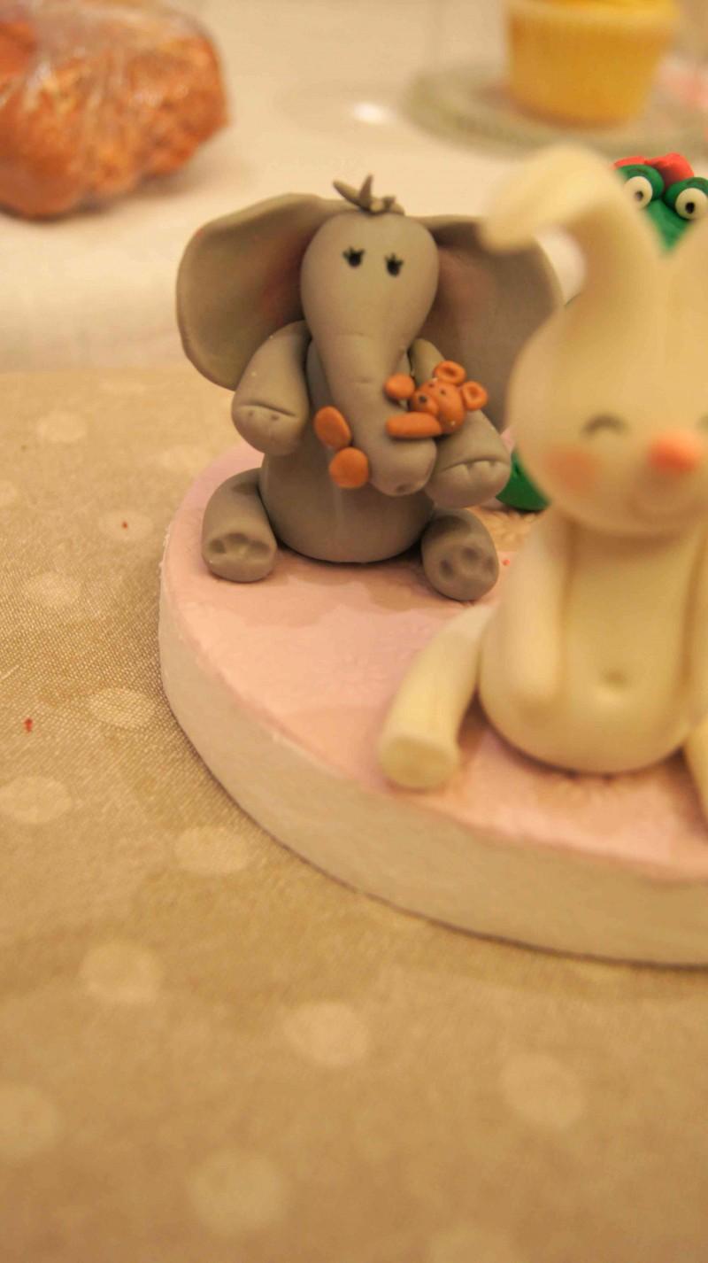 Figuritas con fondant de Tartas de Silvia en Feria de reposteria Sugar09_2012 por HojadeMenta