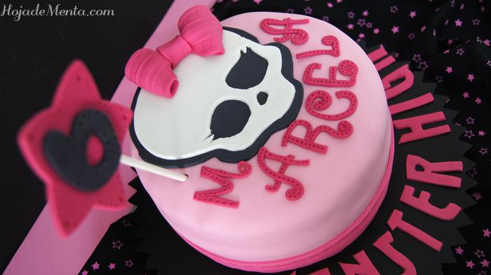 Tarta monster high de chocolate para Hojadementa