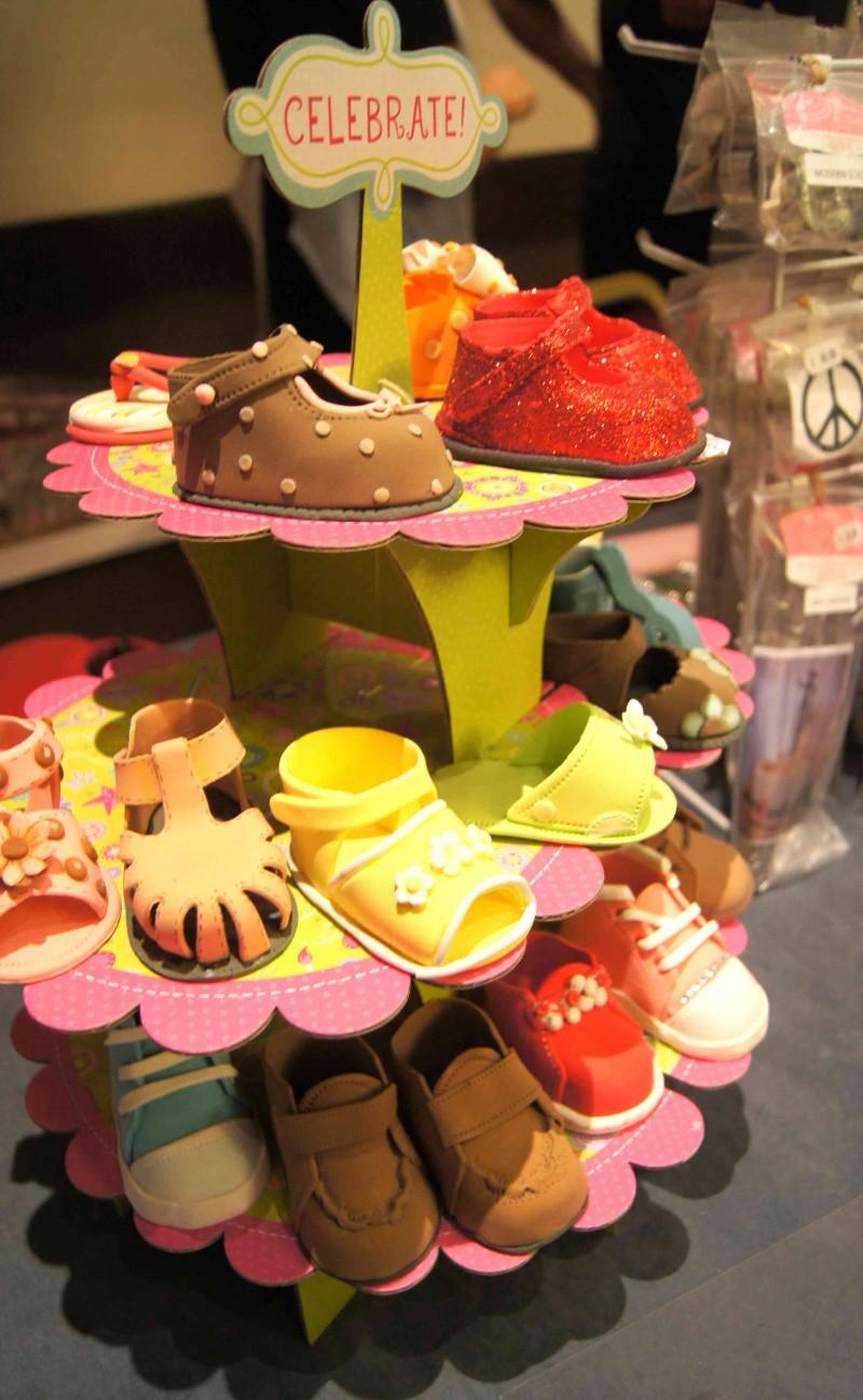 Zapatitos de azucar de Cakes by Ximena en Feria de reposteria Sugar09_2012 por HojadeMenta